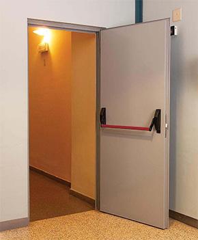 Puertas batientes puertas contra incendios puertas for Puertas contra incendios